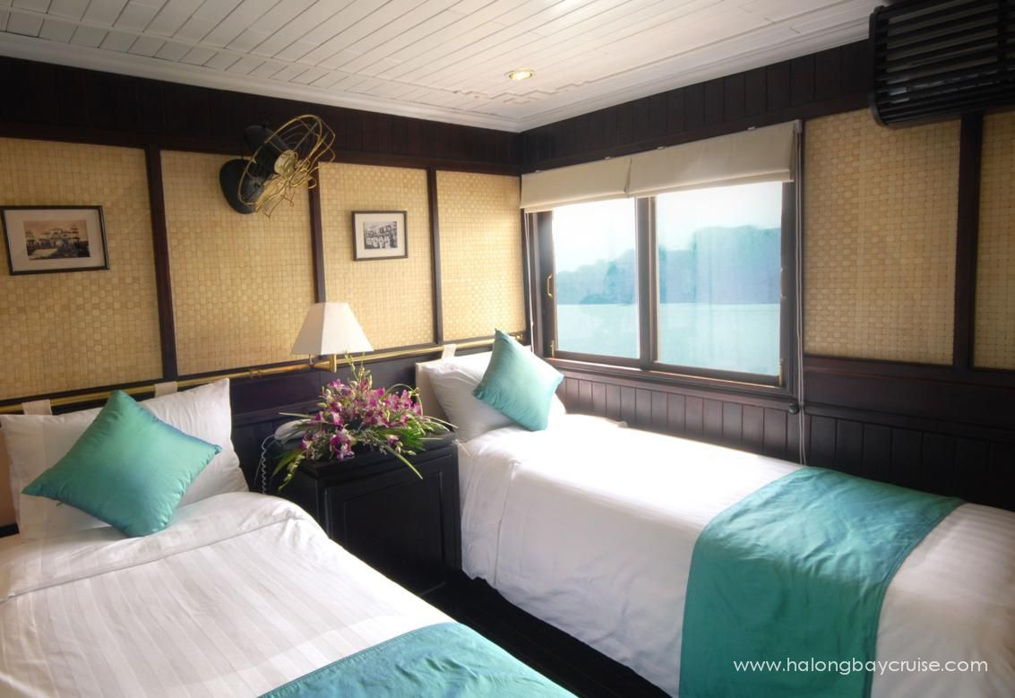 Halong-Bay-Deluxe-Twin-Cabin