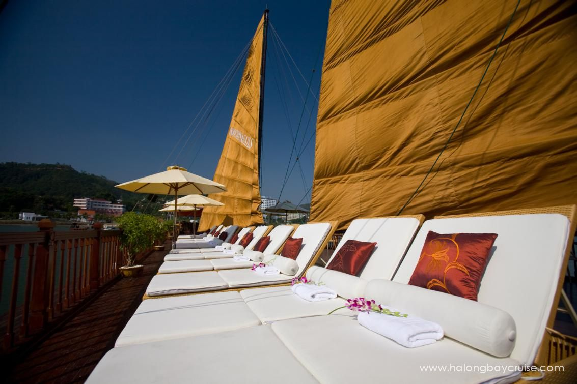 Indochina-Sails-3-Sundeck