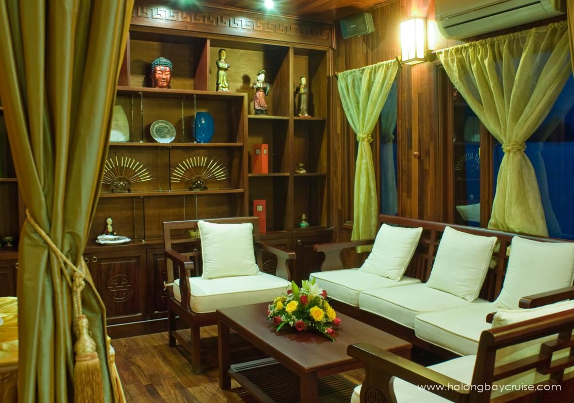 Indochina-Sails-Dining-room