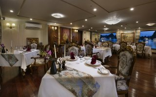 Can Chanh Restaurant