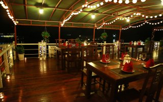 Top Deck Restaurant