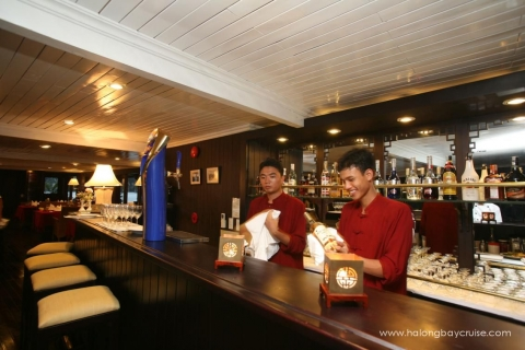 Halong-Bay-Bhaya-Bar-2