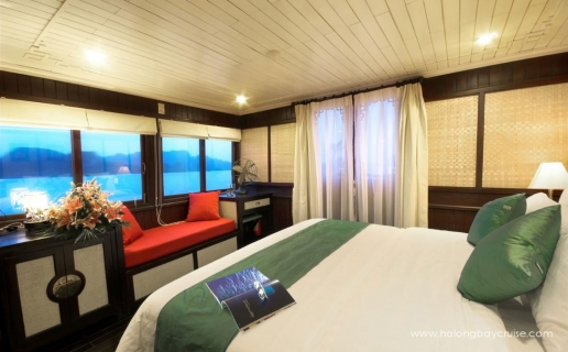 Halong-Bay-Royal-Suite