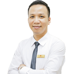 Mr. Alan Hoang - Travel Consultant